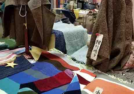 グリーンプラザ別館ギャラリーの手織り展